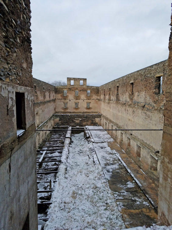 Robin Catalano blogger copywriter Shaker old stone barn ruins