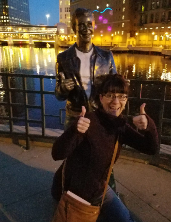 Robin Catalano blogger copywriter travel and tourism gothic milwaukee 4